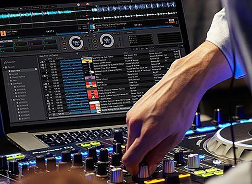 Rekordbox DJ vs Serato DJ